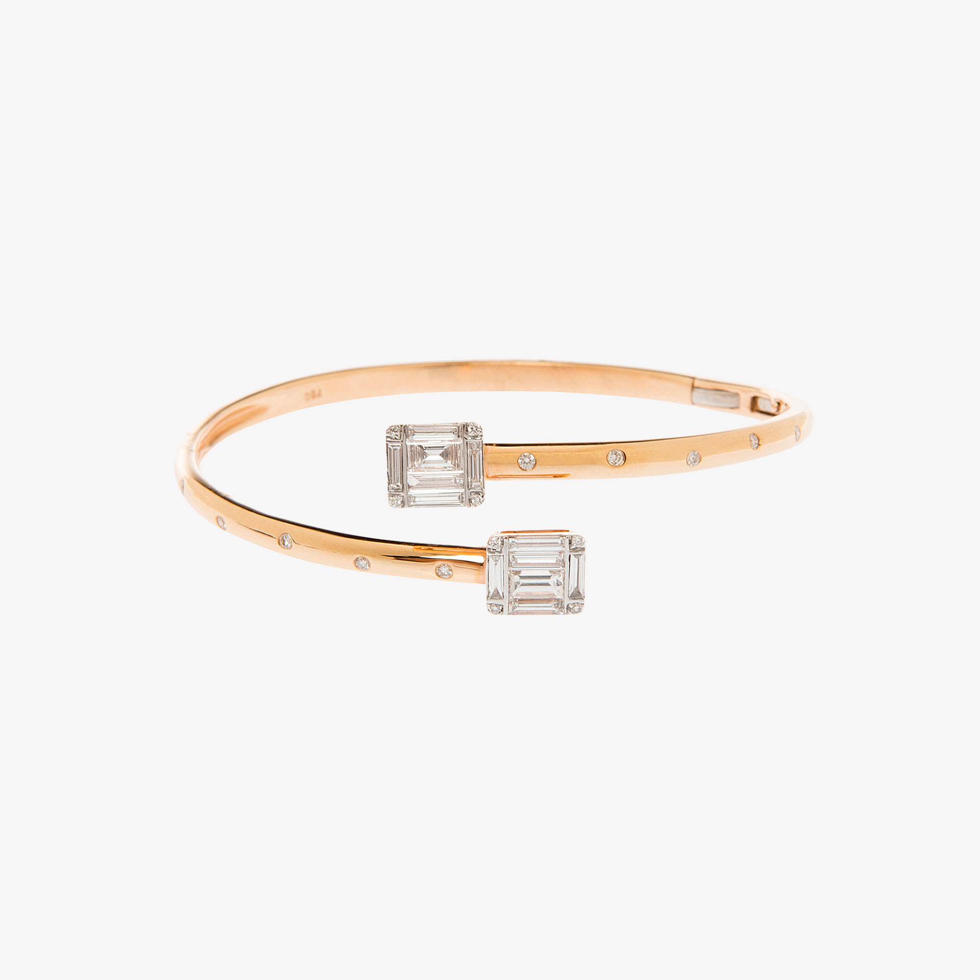 Bangle bracelet in pink gold 18k. with diamonds.