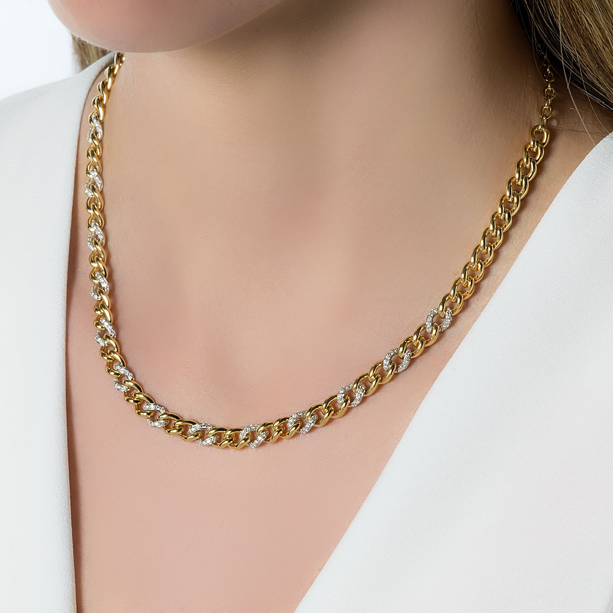 Thick gold and diamond chain
